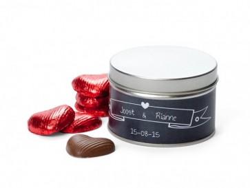 Corazones de chocolate en lata personalizada para Boda