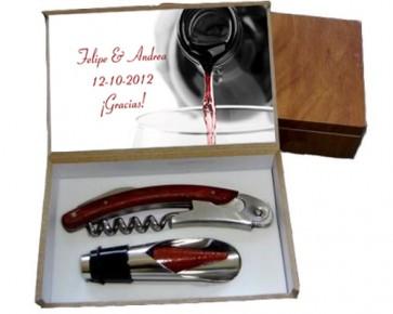 regalos de boda - set de vino en madera