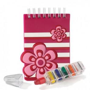 Libreta flor fucsia con ceras de colores